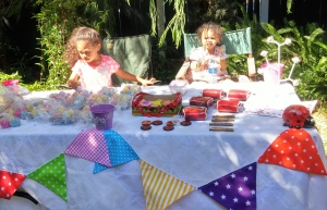 Young entrepreneurs at just 3 and 5 years old!